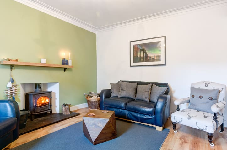 Fishermans Flat - Beautiful River Views - Broughty Ferry, Dundee - Appartement