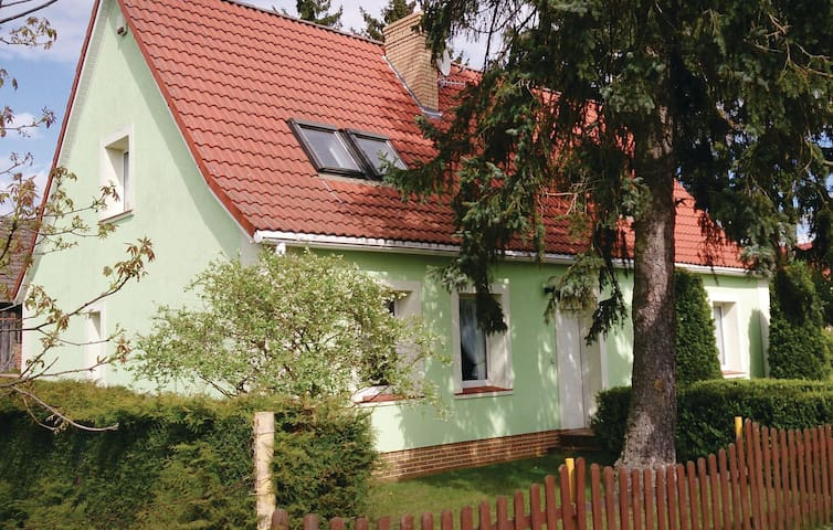 Holiday cottage with 3 bedrooms on 150 m² in Silnowo