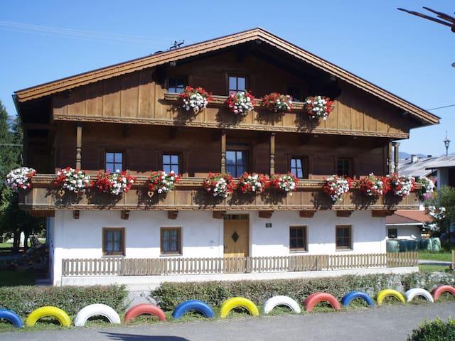 Ferienwohnung im Bauernhaus Seppen - Reith im Alpbachtal - House