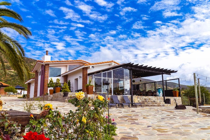 VILLA DE LA ROSA IN BAJA'S WINE COUNTRY WINE ROUTE