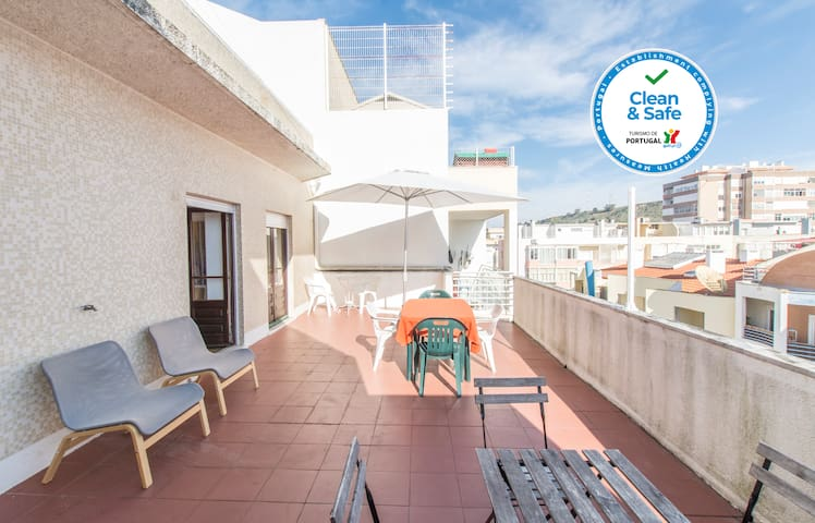 HOUZE_Apartment w/ terrace, perfect for surfers!
