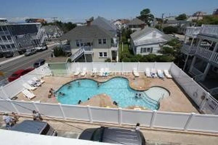 1 bdrm/1 bath cozy condo - pool