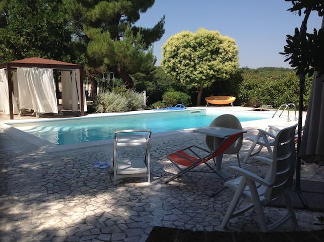 Villa Lucia- private villa with swimming pool