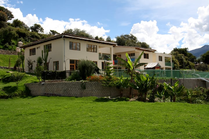 Casa Lena;B&B, camping, tours, educational project