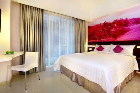 Standard Room w/ Breakfast - Kuta - Bed & Breakfast