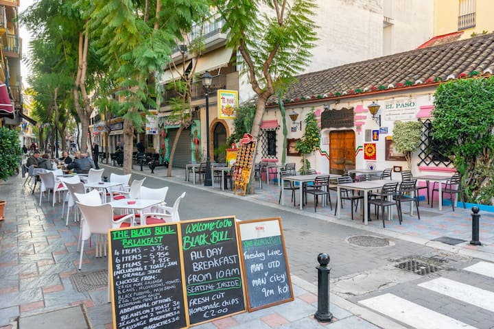 Central gem in Los Boliches SOHO with wifi and tv