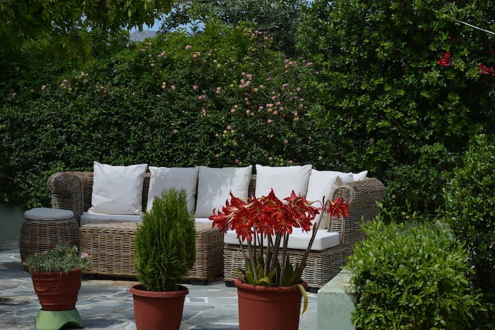 Varkiza Eco Ground House-Quiet-Nature Living