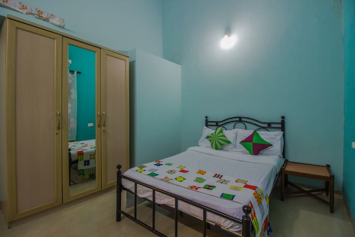 Belleville Guesthouse, for a peaceful holiday