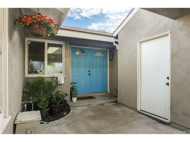 Lovely 3BR Home near Beaches, Disneyland, Legoland