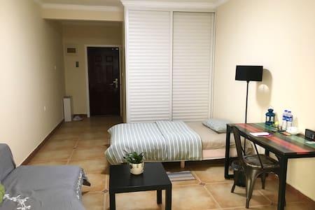精装舒适单身公寓 - 新乡 - アパート
