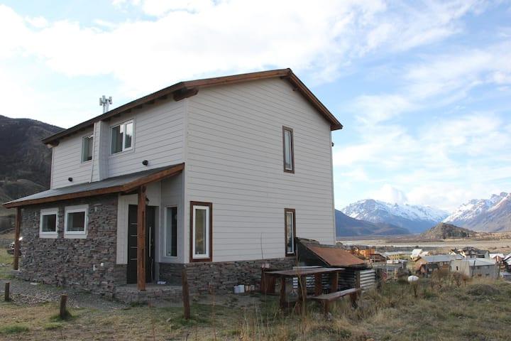 Casa de Montaña, Buenavista Chalten 6 pax Casa 1