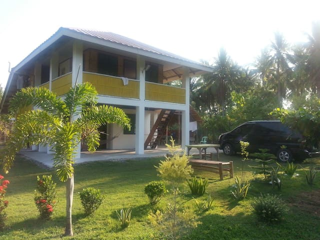 Fan House @Sarmiento Beach House - Anda - Rumah