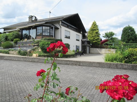 Schöne, Fewo, Nähe Nürburgring, ideal zum Wandern