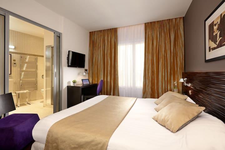 Hotel Saint Christophe, Chambre Confort Bain