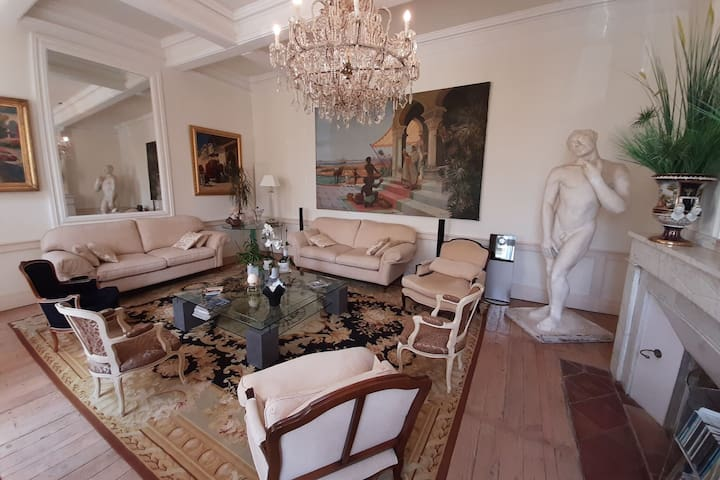 Enchanting Apartment in Marquefave with Private Whirlpool