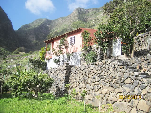 """Casa Rural """"RINCÓN DE LIRIA"""""""