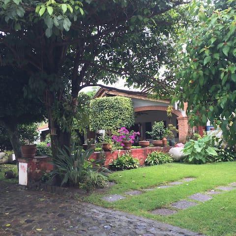 Linda casa en privada - oaxtepec