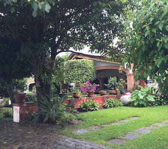 Linda casa en privada - oaxtepec - House