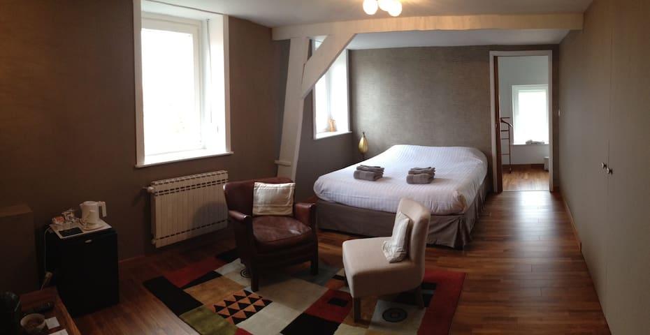 chambre tout confort avec douche - Godewaersvelde - Penzion (B&B)