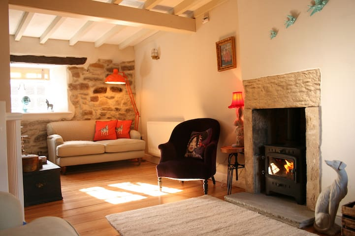 Number 10-beautiful refurbished boutique cottage - Wirksworth - Huis
