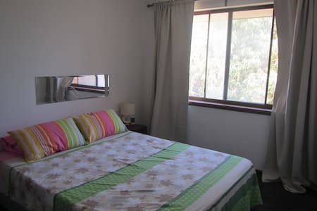 Cute Unit Close to Beach/Pubs/Shops - Scarborough - Bed & Breakfast