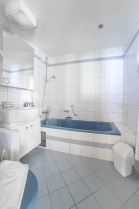 Alpine Club Bath