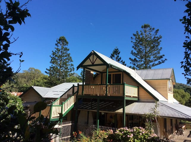 Farm loft self-contained near Nimbin/Lismore - Goolmangar - Loteng