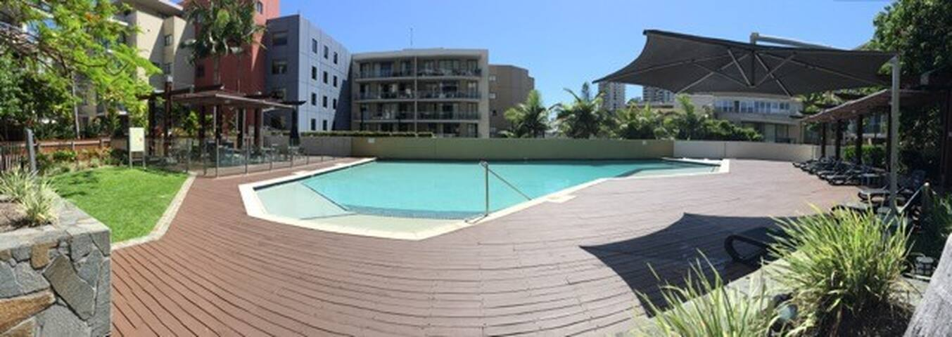 Burleigh Beach Apartment