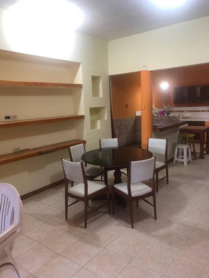 Casa Blanca Iquitos  Fresco y Seguro