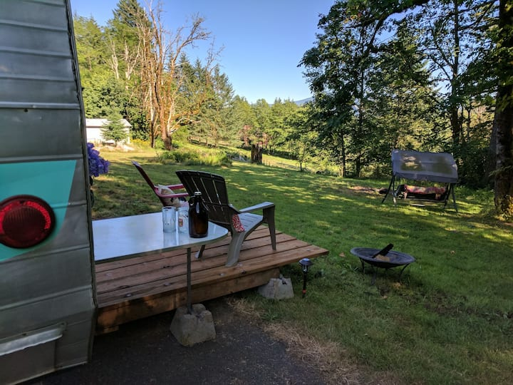 """Glamping"" in Gorge Paradise"