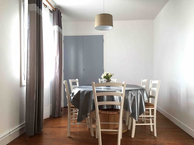 Appartement 4-6p avec Jardin- 350m plage et Golf