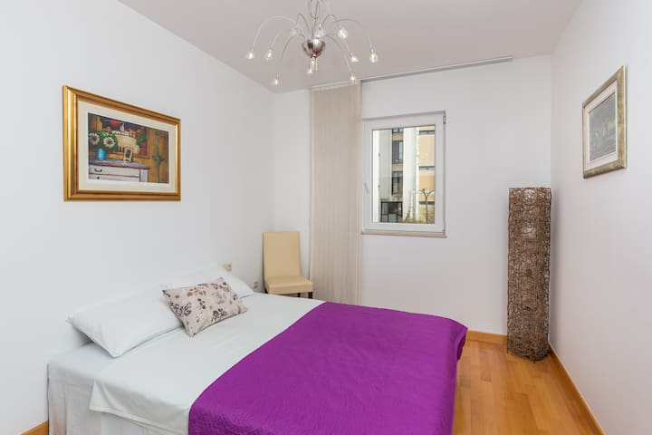 Buby - 2Bedroom apartment with balcony & city view
