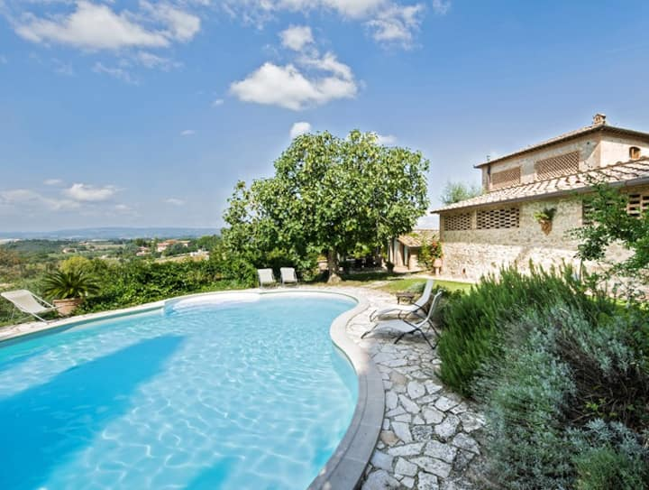 Cottage La Vita for 6 with private pool in Siena