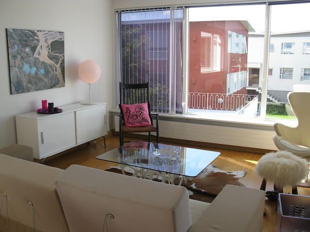 Bright and modern apartment centrally located - เรกยาวิก - อพาร์ทเมนท์