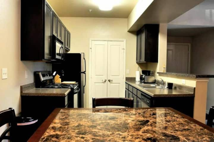 Zoe S Hideout Gated Property Apartments For Rent In Oklahoma City Oklahoma United States