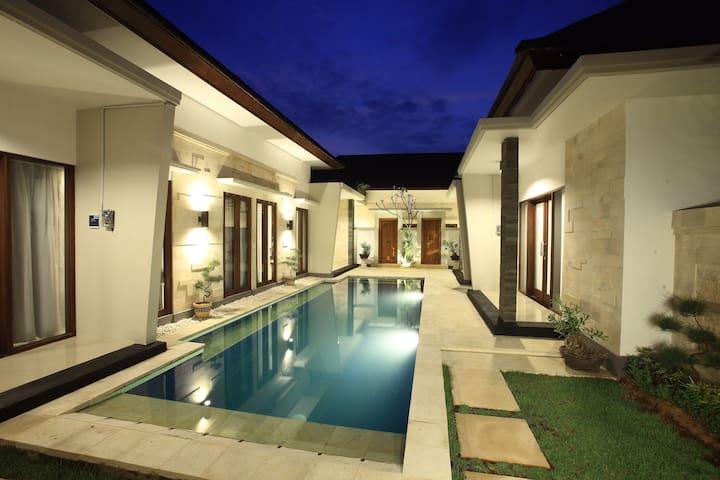 Kubu Nyoman Villas - Standart Room2 - Denpasar - Appartement