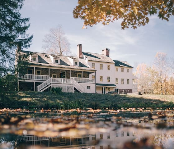 ESTATE in Rhinebeck on 240 acre horse farm! - Staatsburg