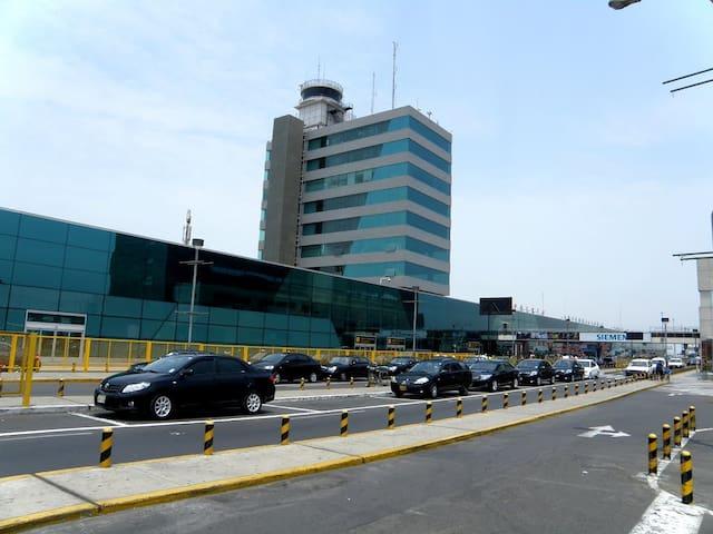 LIMA - Confortable Room - 15 MIN AIRPORT - Distrito de Lima - 公寓