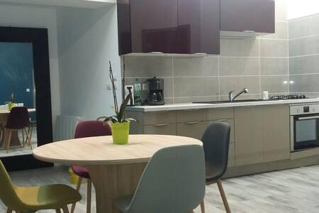Appartement meublé, centre de Chabeuil