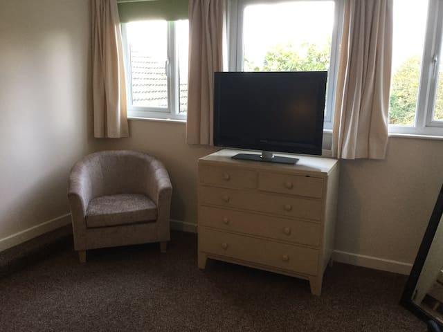 Large on suite room with views