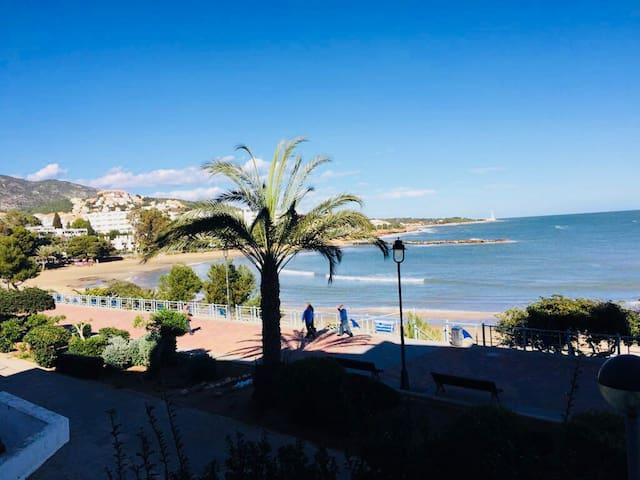 Apartamento junto a playa Las Fuentes (Ref. 211)