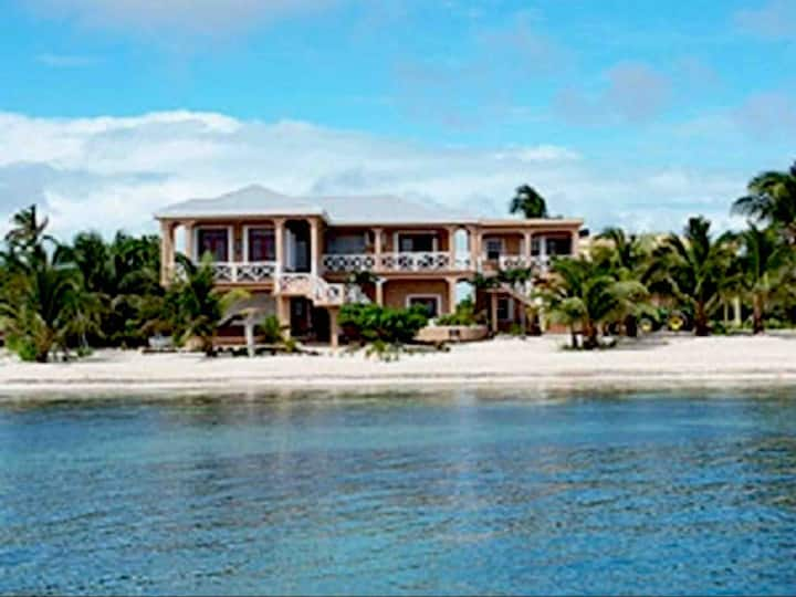 Gold Standard Escape Away Belize Casa Grande