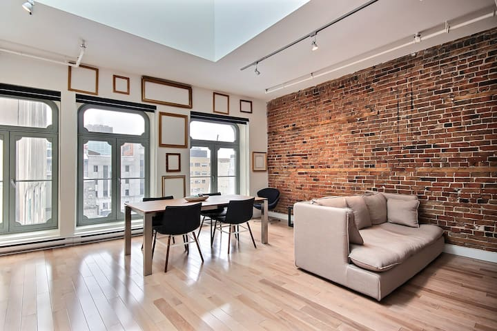 Old Montreal Gorgeous Loft Brick Wall + Lightwell