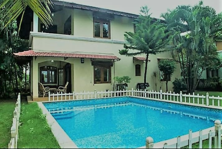 3 BHK Luxury Villa with your own Pool and Garden