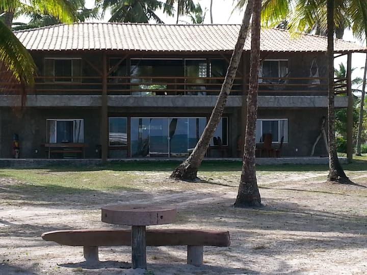 Rancho Tô a para - Coqueiros Beach