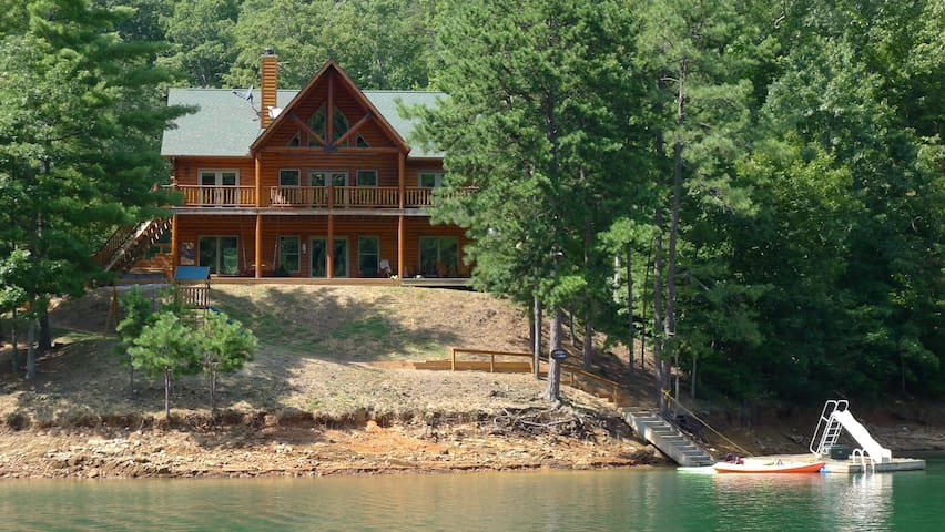 Lakefront Luxury Log Home by Smoky Mtns Ntl Park - Robbinsville - Casa