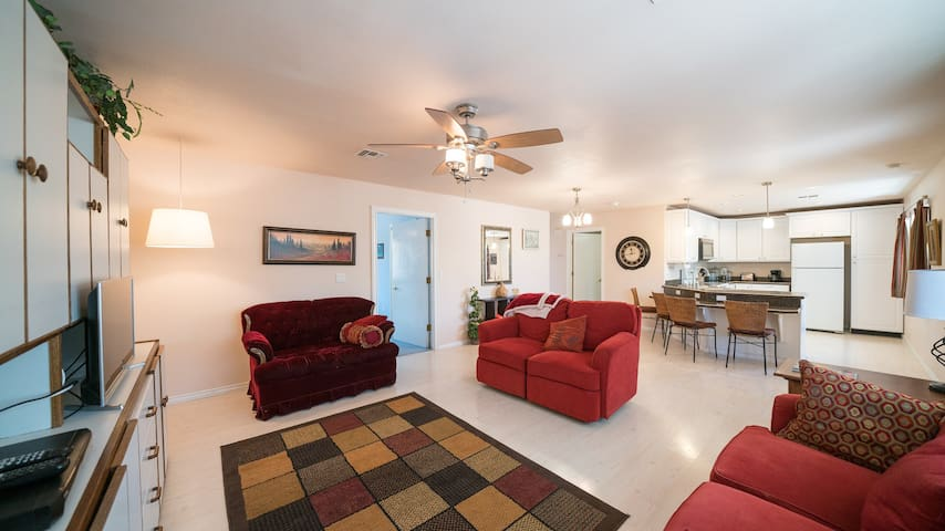 Gila Valley Cottage-Summer Deals! Book now!