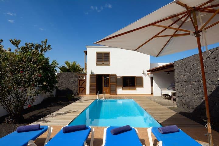 Villa Bene - Uga - Casa de campo