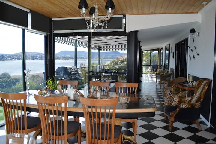 Quality facilities, waterviews near MONA, wineries