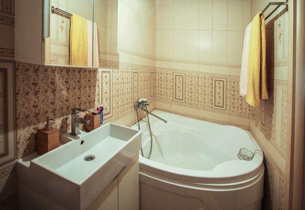 Big bathroom with modern technics